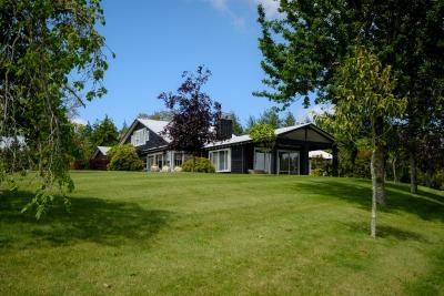 Blackwood House