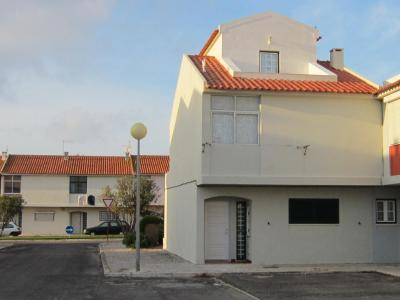 Peniche Surf House