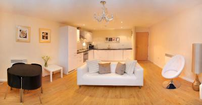 Britannia Wharf Serviced Apartments