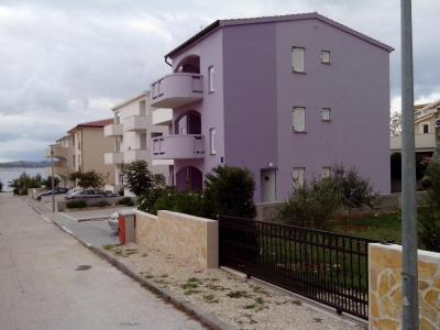 Apartments Teami