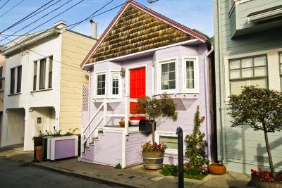 Russian Hill Cottage House
