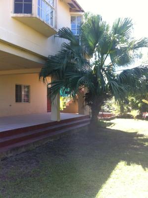 Awesome Cozy Spacious Vacation House in Belama, Belize City