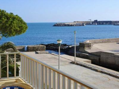 Three Bedroom Apartment in Llanca III