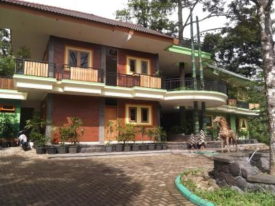 Fresh Green Hotel & Kebun Fresh Green