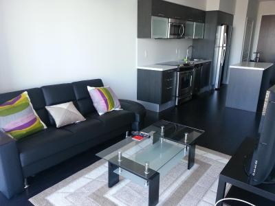 Central Downtown Toronto Condo- Yonge Street