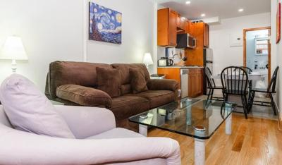 One Bedroom Apartment - 10th Street