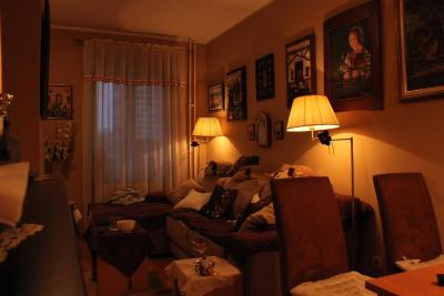 Apartment Sweet Home