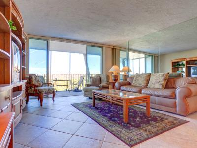 Crystal Sand 406 by Vacation Rental Pros