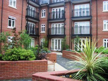 Roomspace Serviced Apartments - Royal Swan Quarter