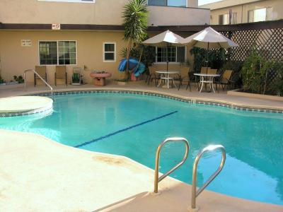 Two Bedroom Apartment in Sherman Oaks #1