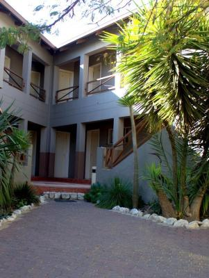 Windhoek Lodge