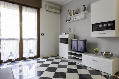 Rent-it-Venice Chessboard House