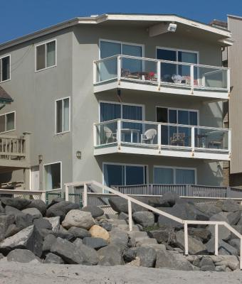 Blue Vacation Rentals - 1123 Oceanside
