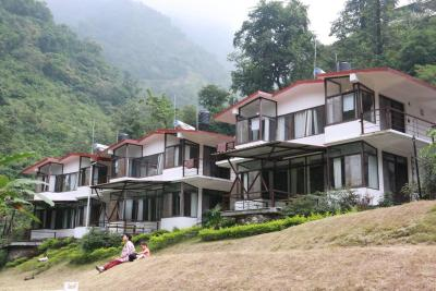 Samaira Hill Stream Resort