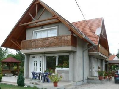 Apartment Balatonmariafurdo 28