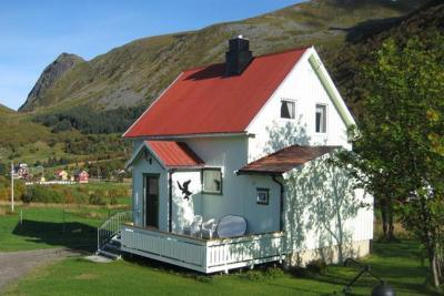 Three-Bedroom Holiday home in Kleppstad
