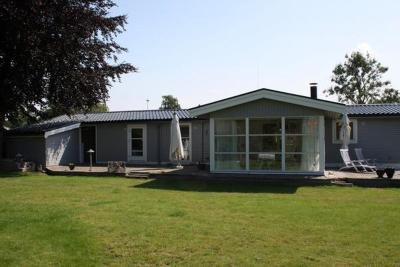 Three-Bedroom Holiday home in Kirke Hyllinge 2
