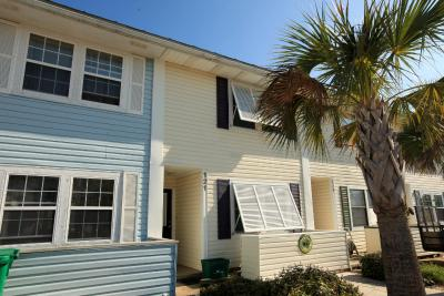 Destin Townhomes by Holiday Isle
