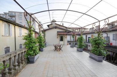 Best Price on Casa Vacanze La Terrazza Fiorita in Bergamo + Reviews