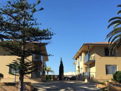 Madalena Holiday Apartments