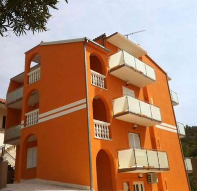 Apartments Orange