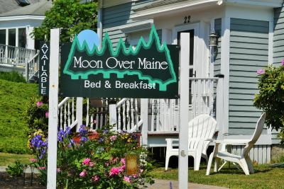 Moon Over Maine Bed & Breakfast
