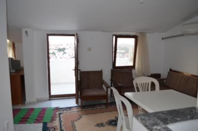 Ugur Apartment