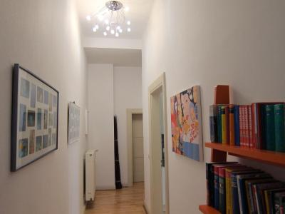 Lovely flat between station & Porta Nigra