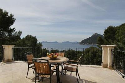 Apartment in Formentor