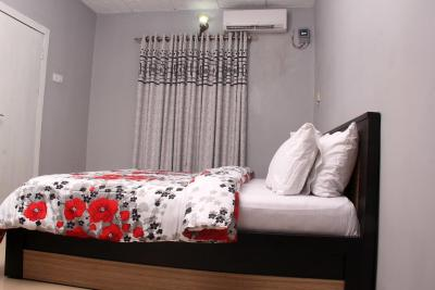 Aipl Serviced Apartment