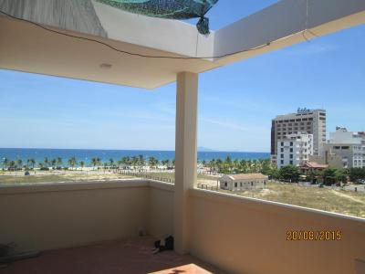 Apartment Near The Beach
