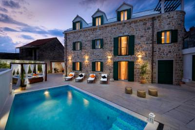 Luxury Villa Infinity