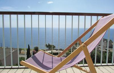 Apartment Pietranera with Sea View 09