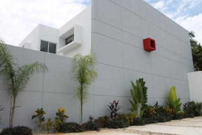 Red Cube House