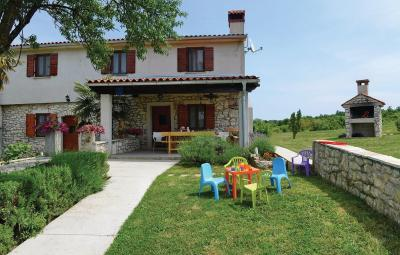 Holiday home Breg Ivanovci Cr