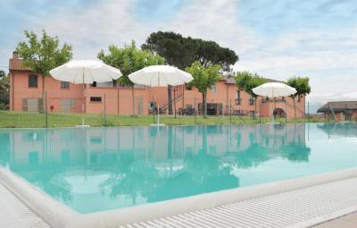 Apartment Castiglione del Lago with Outdoor Swimming Pool 236