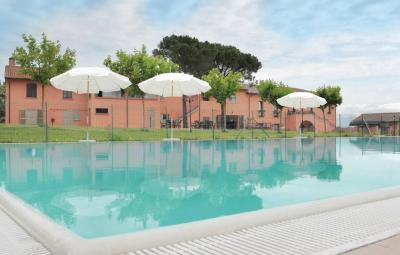 Apartment Castiglione del Lago with Outdoor Swimming Pool 237