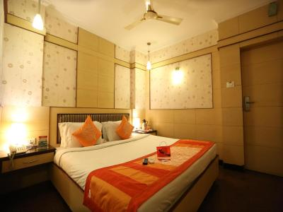 Oyo Rooms Vadapalani Metro Station