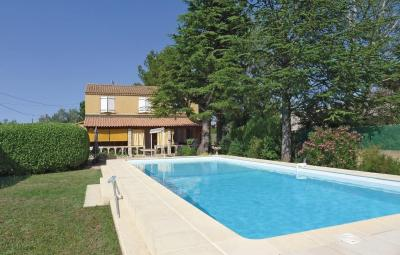 Holiday home Le Val St Pere L-765