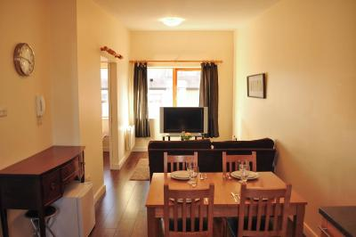 Halfpenny Bridge Holiday Homes, The Temple Bar Apartment
