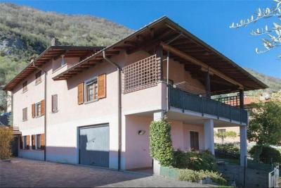 Five-Bedroom Holiday home in Via Degli Alpini