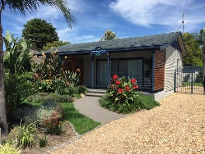 Pebble Bay Cottage-Batemans Bay