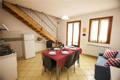 Three-Bedroom Apartment in Via dei Ginepri