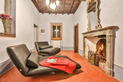 Holiday home in Pergine Valdarno with Seasonal Pool