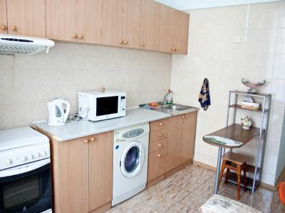 Apartment near Bessarabka and Arena City