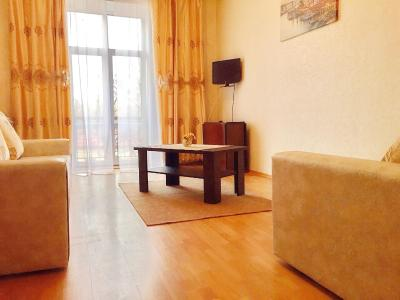 Good Apartment on Nezavisimosti 83