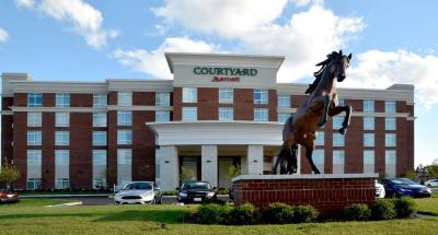 Courtyard by Marriott Youngstown Canfield