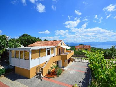 Holiday Home Vrbnik 6673