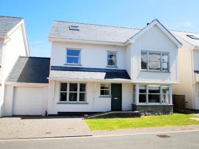 Holiday Home Trearddur Bay 5072