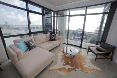 Waterfront Apartment in the Viaduct